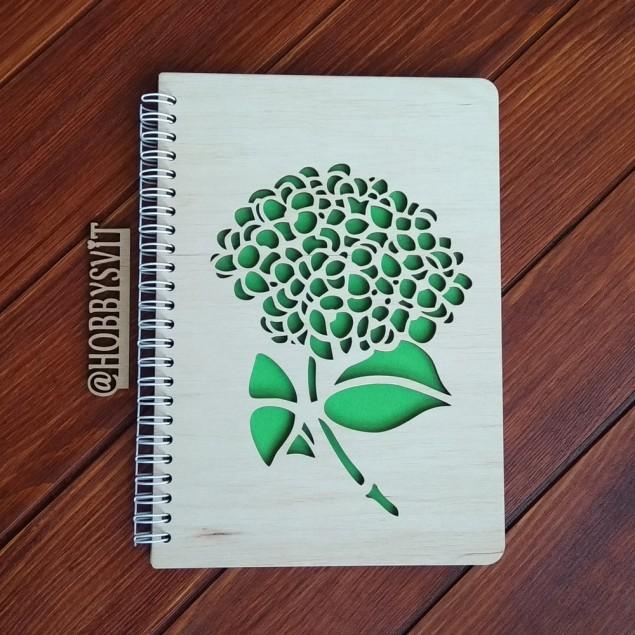 Гортензія, блокнот з дерев'яною обкладинкою